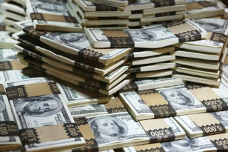 Legal-Funding-Piles-Of-Cash